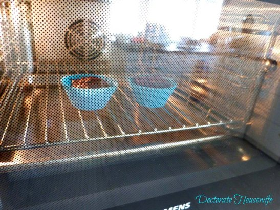 Nutella Cupcakes for 2 - in oven